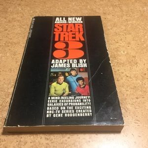 Star Trek 3 paperback book copyright 1969 special